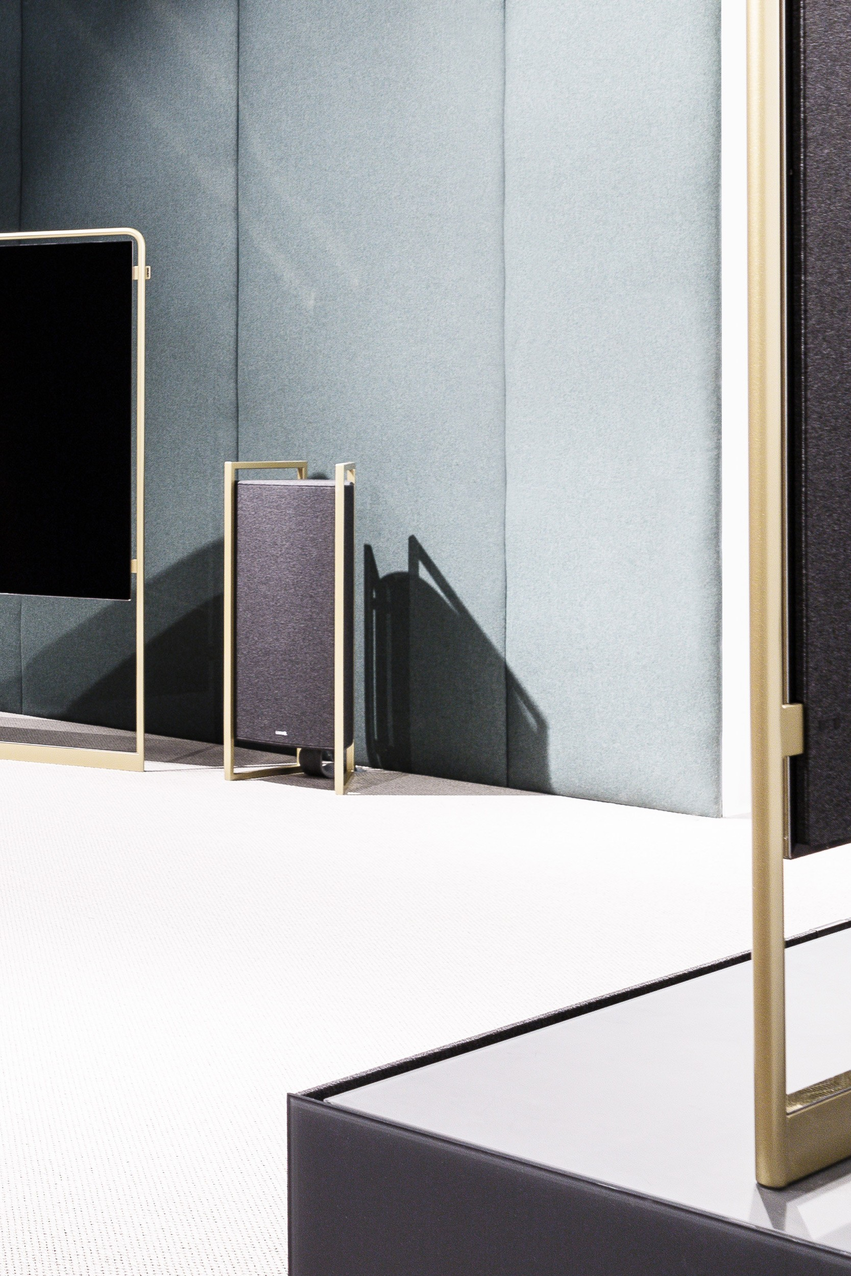 Loewe Technologies IFA 2018 Stand Art & Brand Direction Klang 9 Speakers