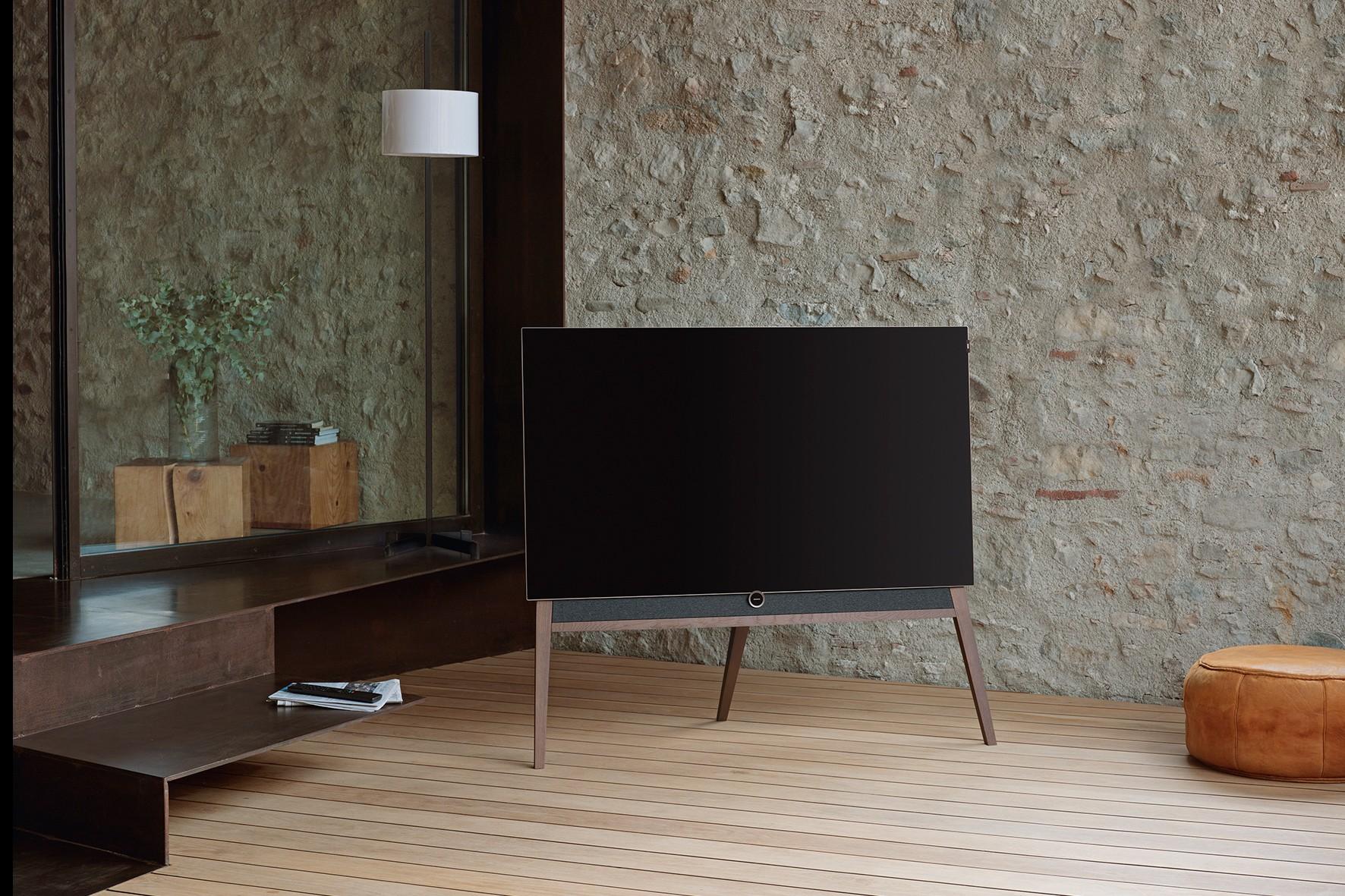 Loewe bild 5 OLED Television Floorstanding