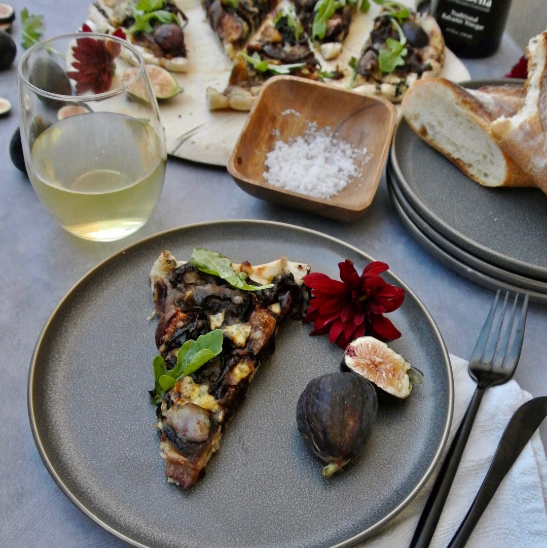 Grilled Fig and Balsamic Onion Pizza A Culinary Memory