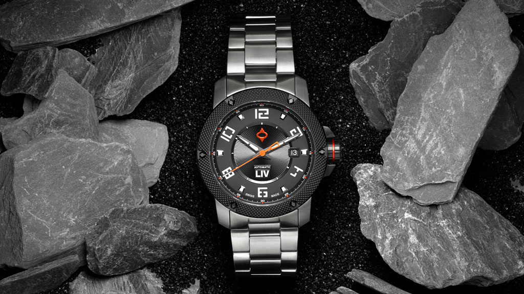liv watches 22mm stainless steel bracelet on gx1a