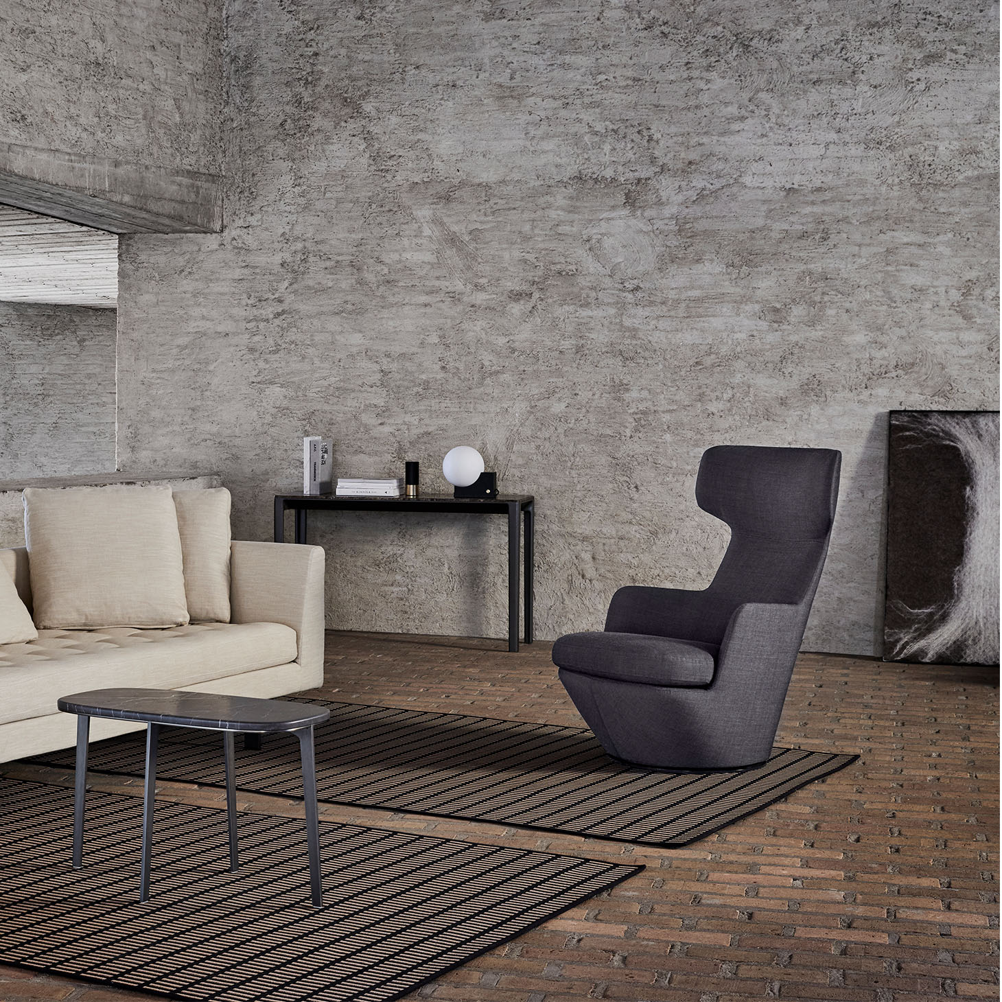 My Turn lounge chair