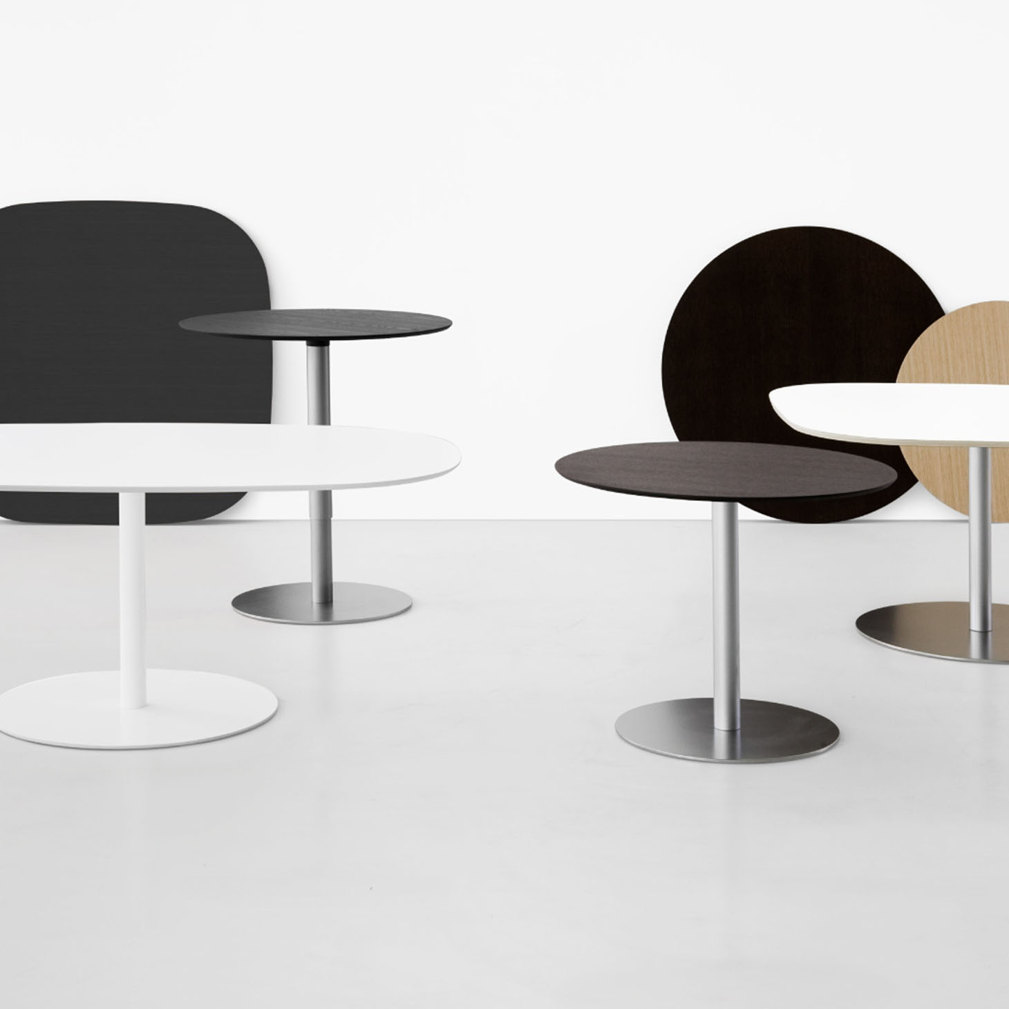 Rondo Family of Tables by Marcato for LaPalma