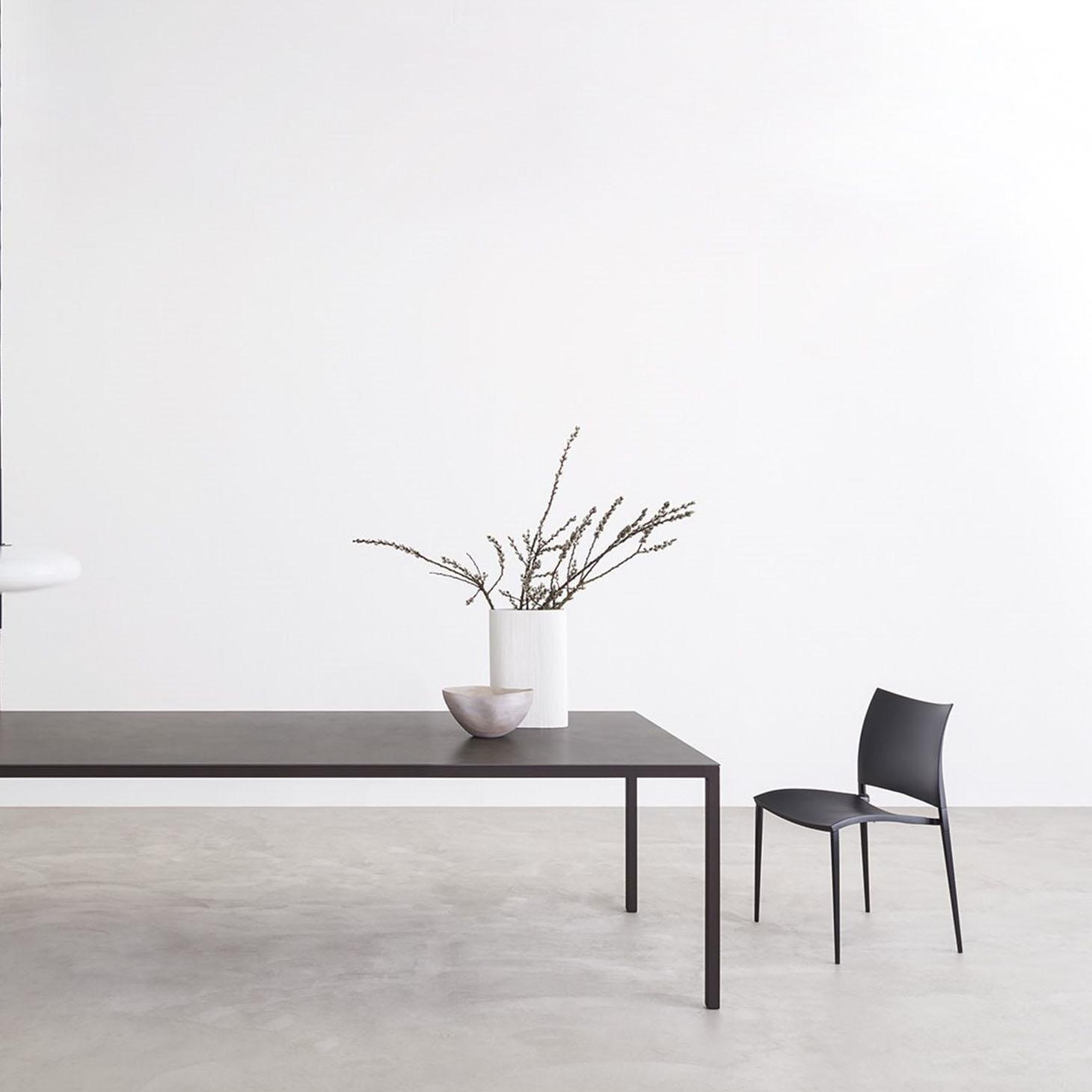 Helsinki 35 Home Table