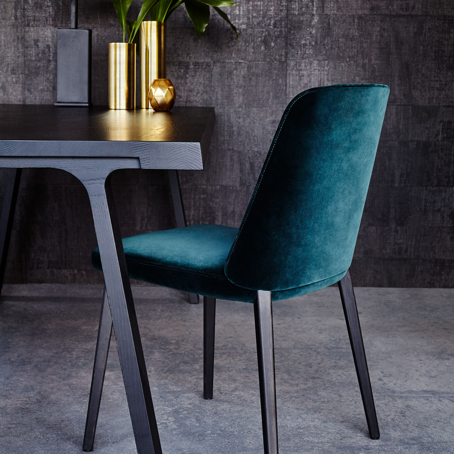 Back Me Up dining chair