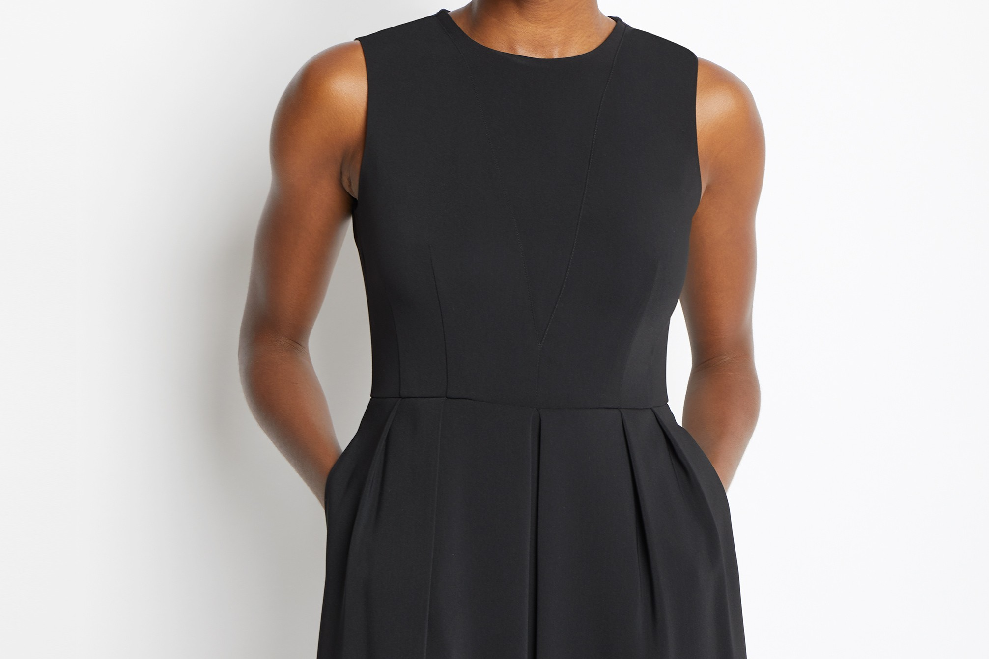 Of Mercer | Black Hayes Dress Detail