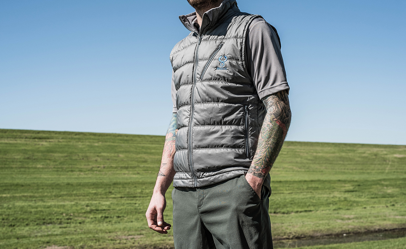 SIXSITE Nueces insulated vest is less bulky and packs easily