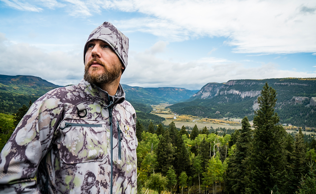 SIXSITE Gunnison Soft Shell hunting jacket integrates pit zippers to help regulate body temp
