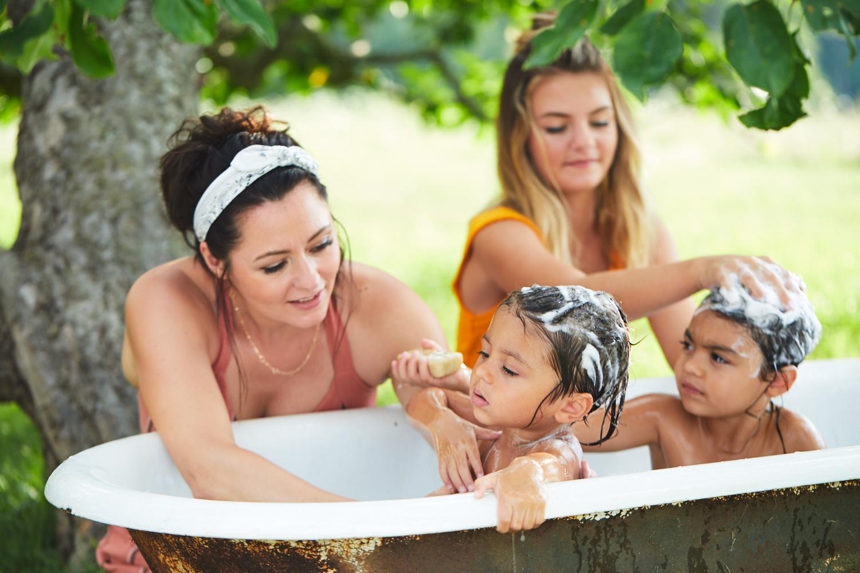 best bubble bath girls